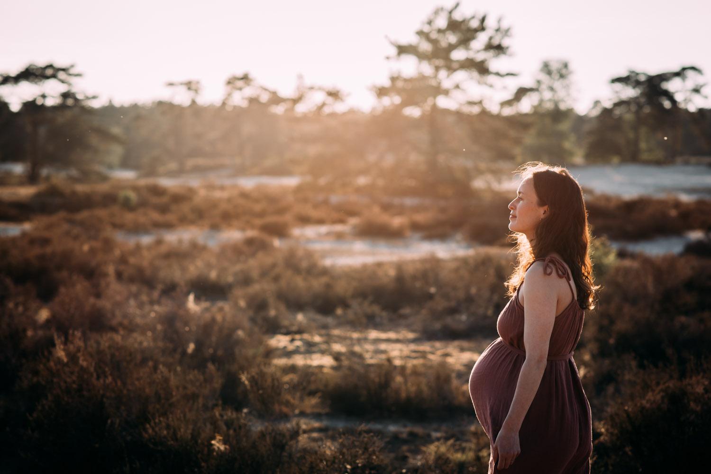 Zwangerschapsshoot buiten Utrecht